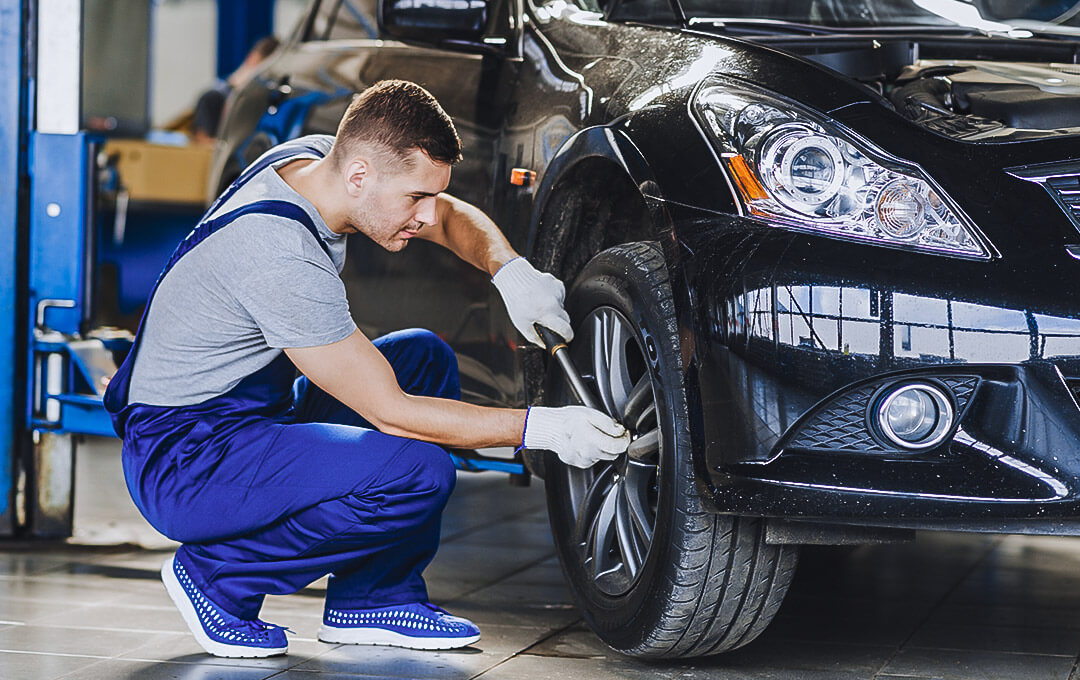 KFZ Werkstatt Reifenwechsel